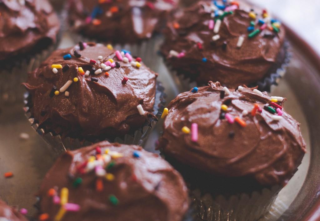 Vegane KULAU Kokos-Kakao-Cupcakes