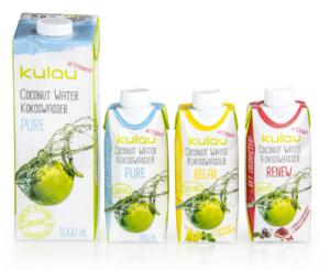 Foto von KULAU Bio-Kokoswasser in allen Sorten und Größen.