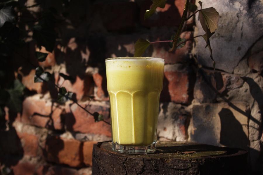 Goldene Milch – Golden Milk mit Kurkuma