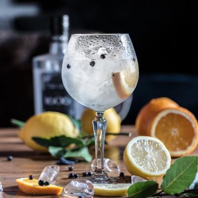 Einfache Cocktails mit Kokoswasser