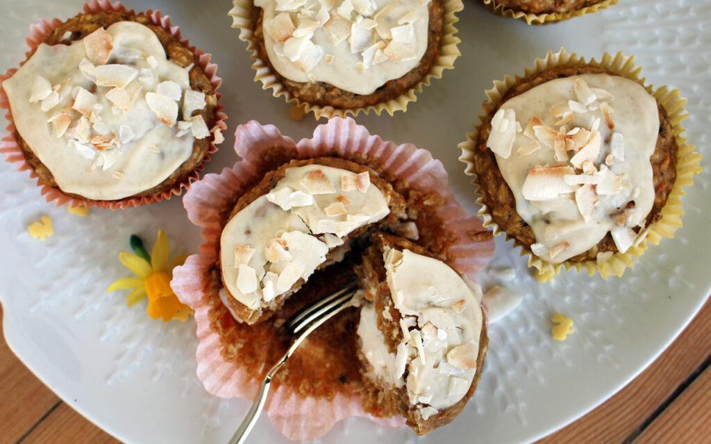 Kokos-Karotten Muffins mit Cheesecake Füllung (vegan)